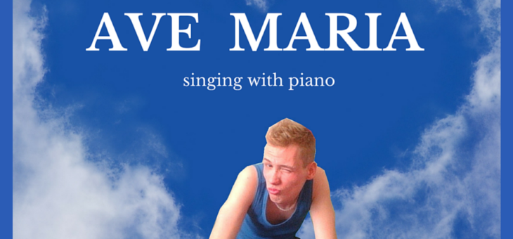 Charlie Handsomer – Ave Maria (fragment) [singing with piano]