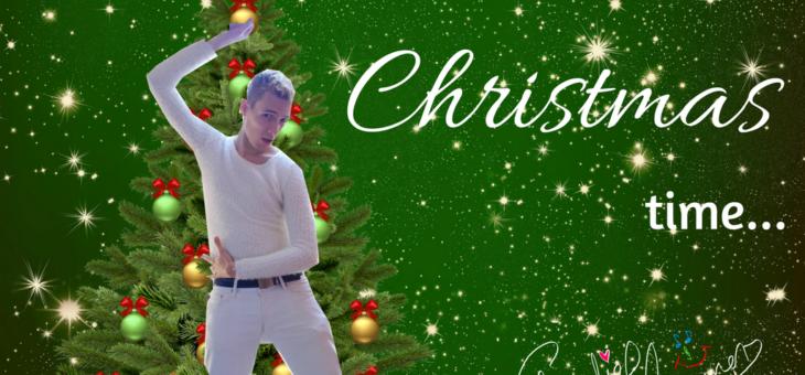 Cause it's Christmas time… (pierwsza kolęda autorska)